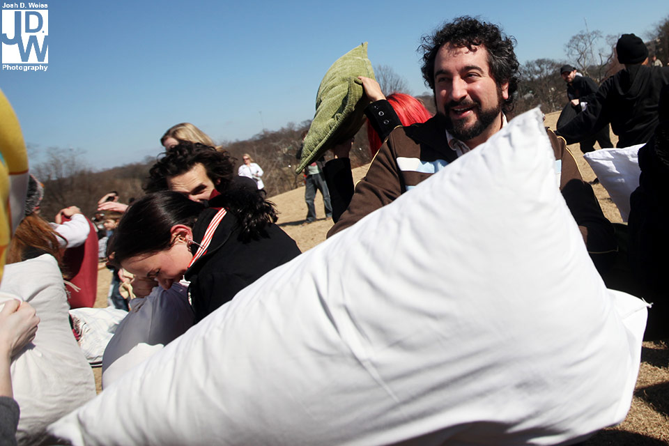 100228_JDW_PillowFight_0371