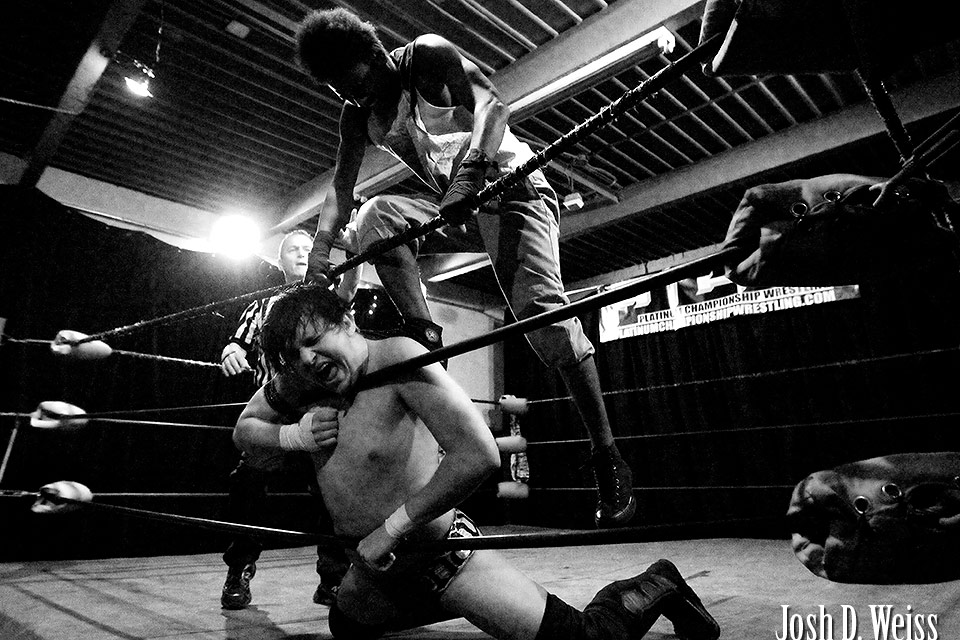110304_JDW_Wrestling_0514