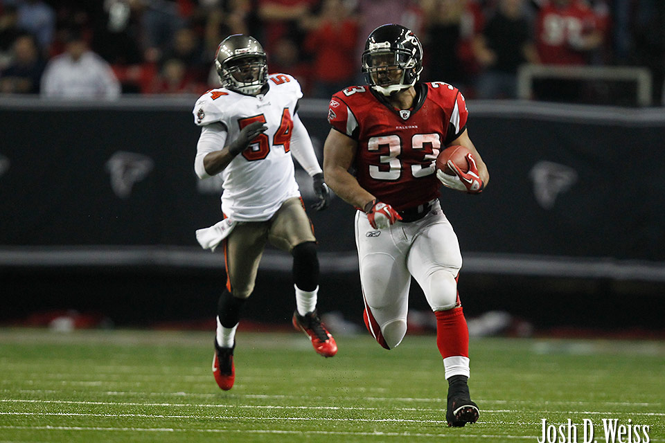 120101_JDW_Bucs-Falcons_0899