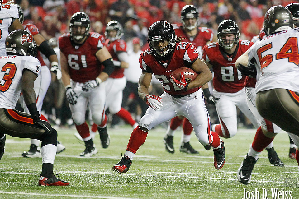 120101_JDW_Bucs-Falcons_1172
